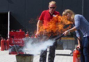 Brandschutzseminar in Theorie und Praxis
