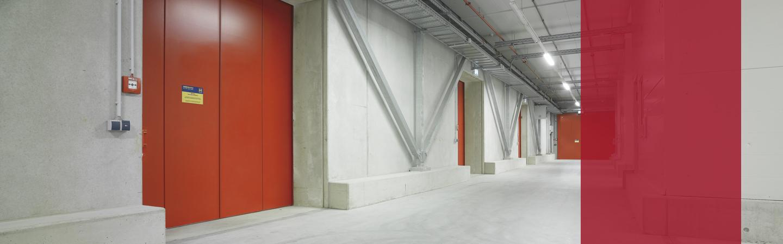 Feststellanlagen an Brandschutztoren-/türen